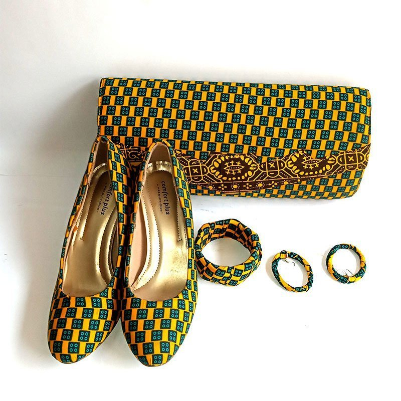 african print purse and shoe 1